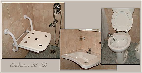 Baño Adaptado Minusvalidos Medidas:Se puede solicitar en los puestos de guardavidas el servicio de SILLAS